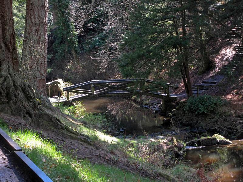 lots of nice bridges in the valley