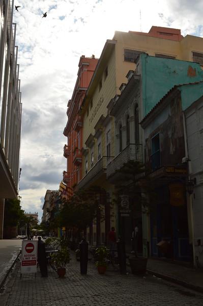 Havana - Obispo Street 01