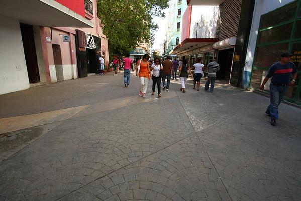 Boulevard San Rafael, the place for shopping.