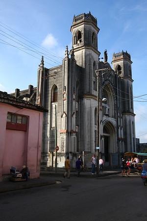 Church on my way to Che Guevara Mausoleum.