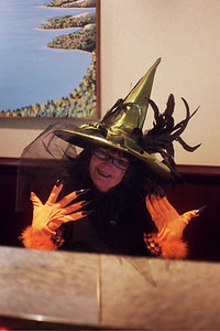 Laurie rocks as a witch!