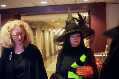 Leslie and Laurie ponder their halloween treats!