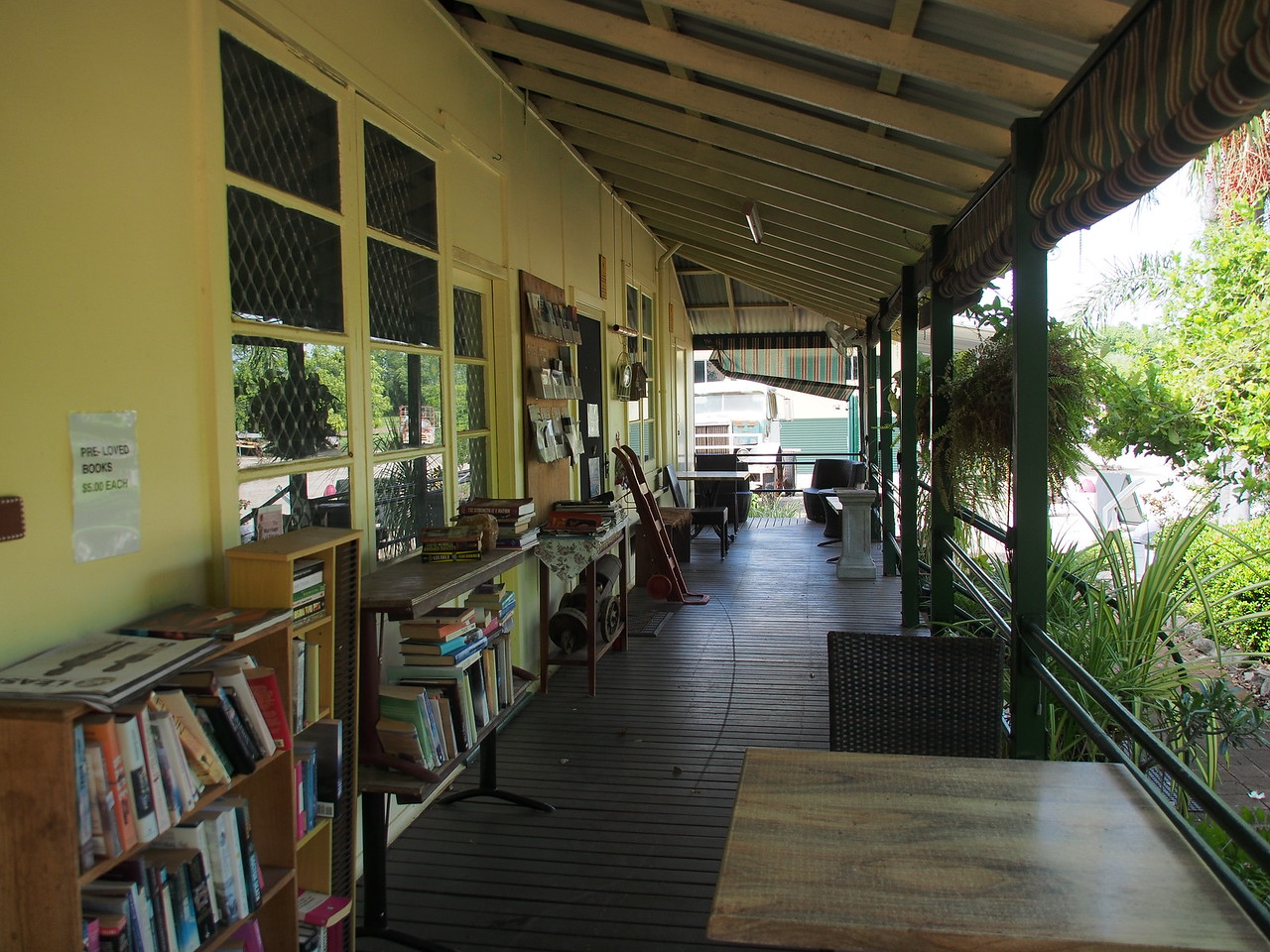 20180106_0955_0063 Katherine Museum & Community Gardens - open library/bookstore
