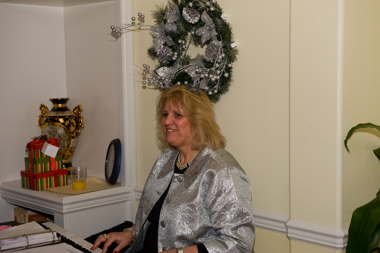Dena Christmas party-13