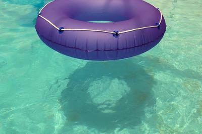 018 Floatie in the Water