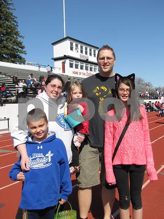 Jason and Dawn Walters with children Caden, Jaidyn, and Jocelyn.