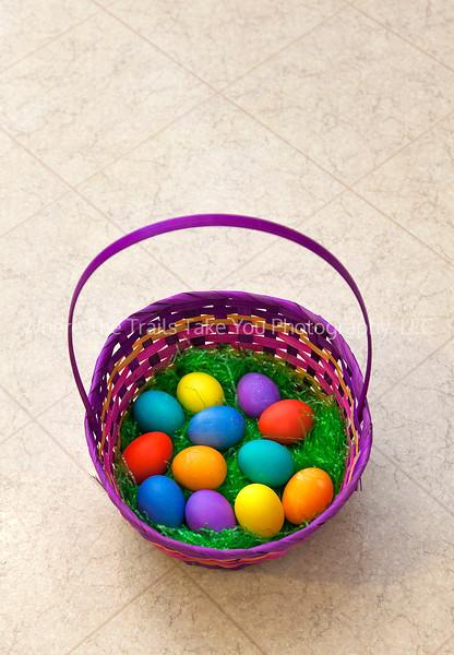 17  Eggs In A Basket