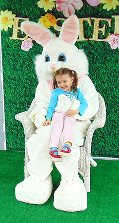 Diane Raver | The Herald-Tribune<br /> Dreama Craft, 5, was very excited to meet the Easter Bunny.