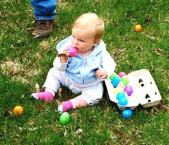 Diane Raver | The Herald-Tribune Bridget Beiser, 11 months, was one of the youngest participants.