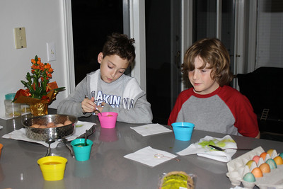 Brandon and Billy - coloring some eggs.