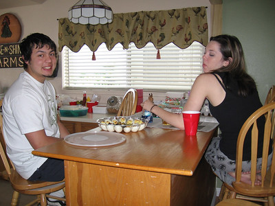 Turo and KC dying easter eggs