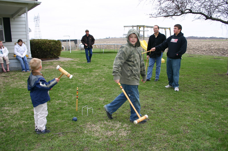 Elainee, Erin, Wyatt, Daryl, Bryce, Phil and Travis having some fun on Easter.  ( 2007 )