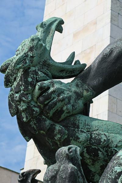 Hungary - Budapest - Citadel - Liberation Monument  07