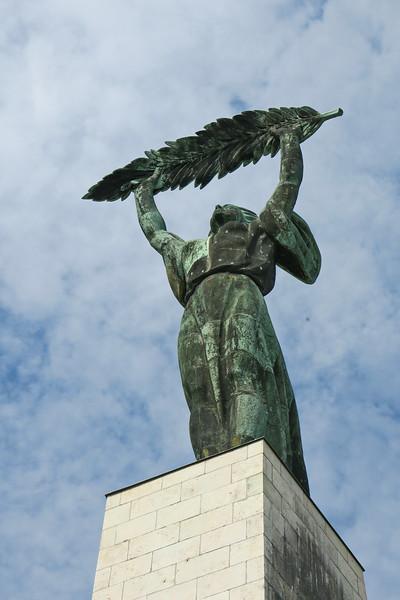 Hungary - Budapest - Citadel - Liberation Monument  10