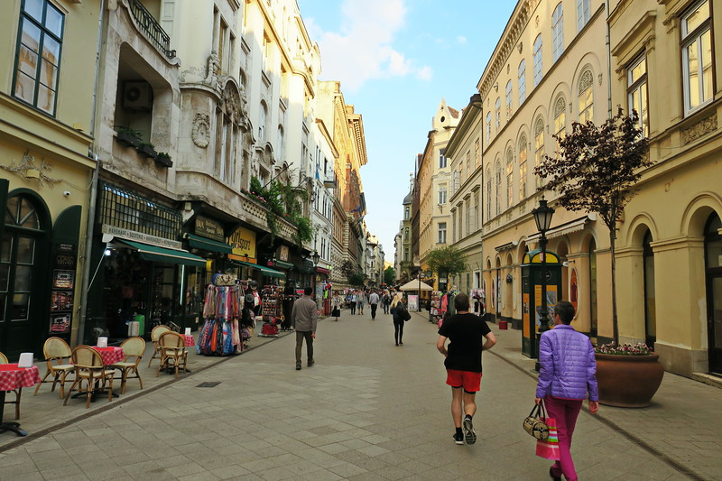Hungary - Budapest - Day 1 - Walking Tour 158