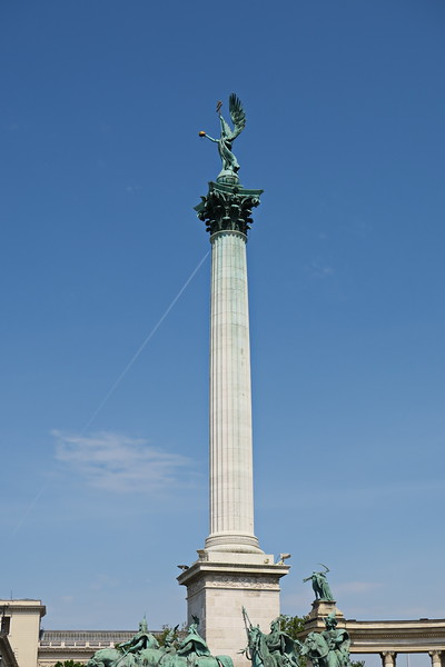 Hungary - Budapest - Hero's Square 03