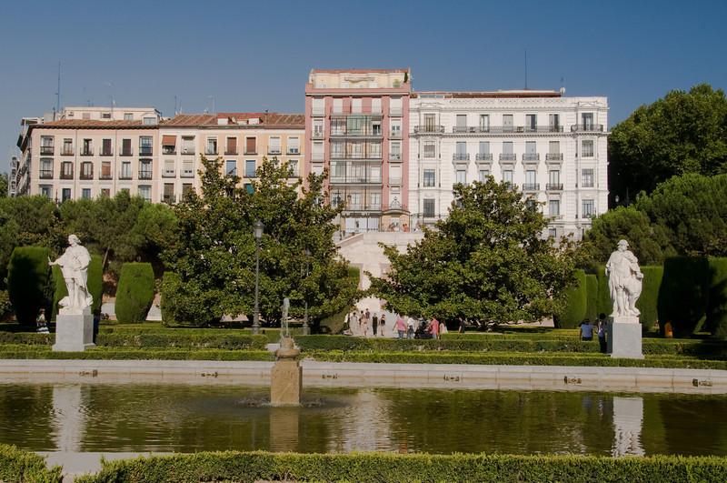 Jardines de sabatini, Madrid Spain