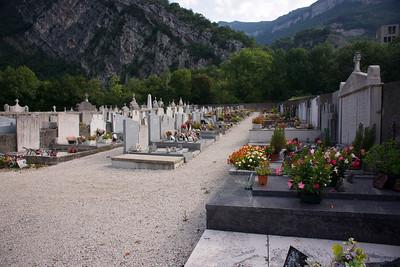Voreppe, near Grenoble. Papa's grave.