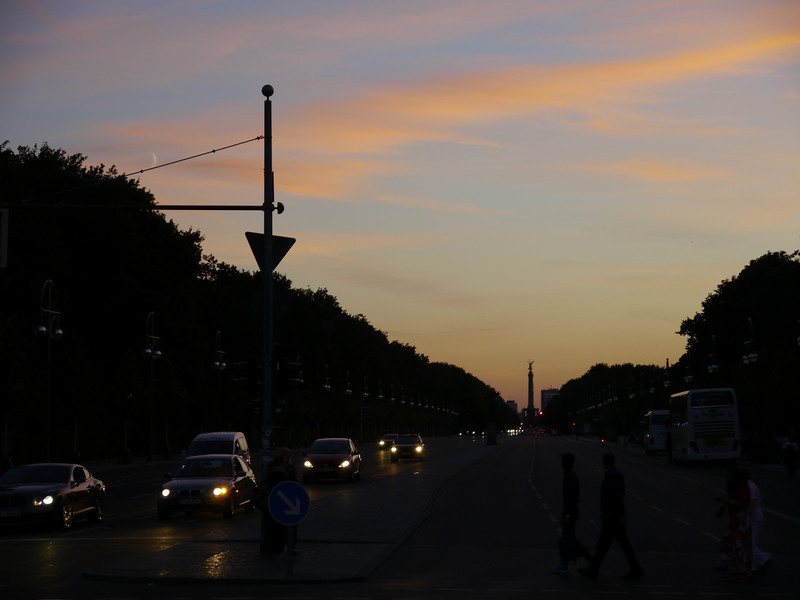 Looking towards the Victory Column at sunset.