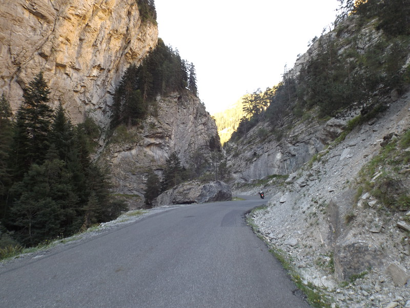 Route  D 902 vers le Col de la CAYOLLE