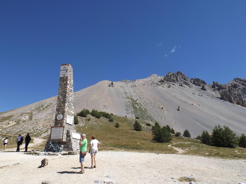 Stèle au Col de l'IZOARD