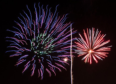 Purple & Red fireworks Tempe 8339