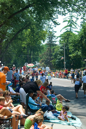 "<font size=""3"">The city of Ralston has a parade every year on the Fourth of July.  People camp out hours before the start of the parade to get a good seat.<br><br></font>(click on any photo to see a larger image, or try the Slideshow button.)"