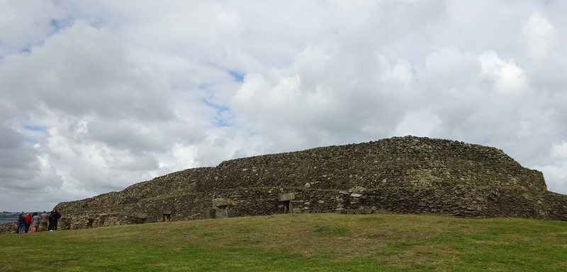 Oh well, no hangover to endure due to the damp squib of the football, so back to what Brittany does brilliantly - archaeology!<br /> This is the spectacular Carne de Barnenez just north of Morlaix.