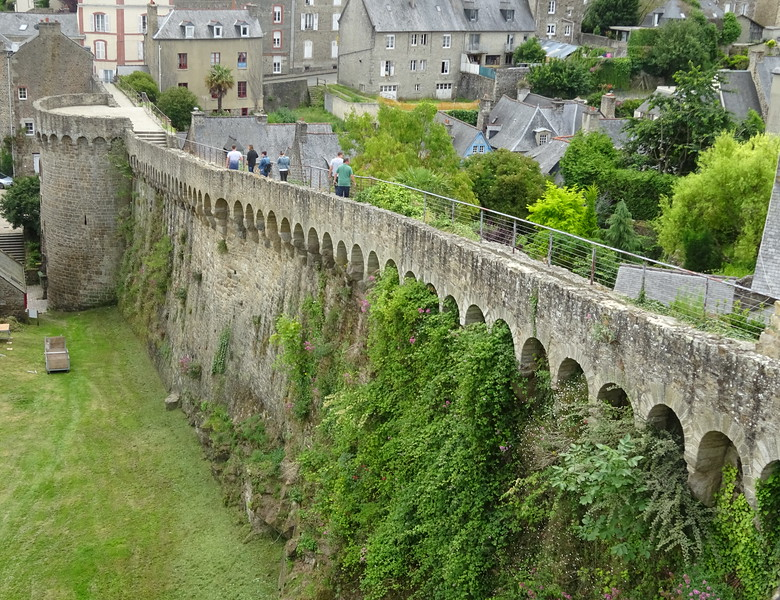 These walls are from the 13th and 14th century