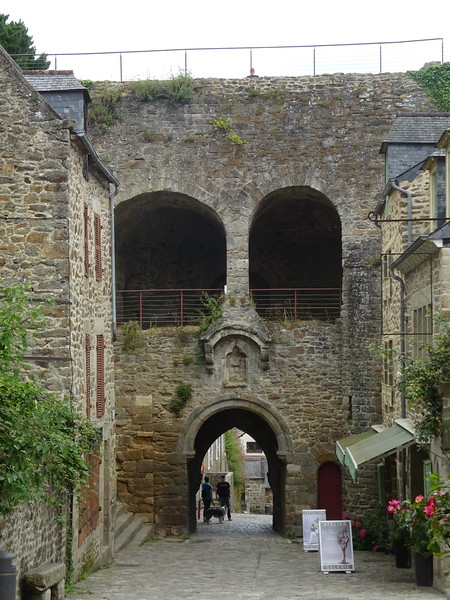 The city's eastern gate