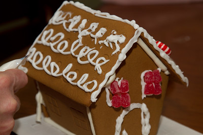 20111220_Gingerbread_Houses_12