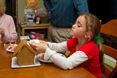 20111220_Gingerbread_Houses_03
