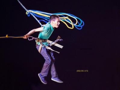 Bungee trampoline boy jumper 2610