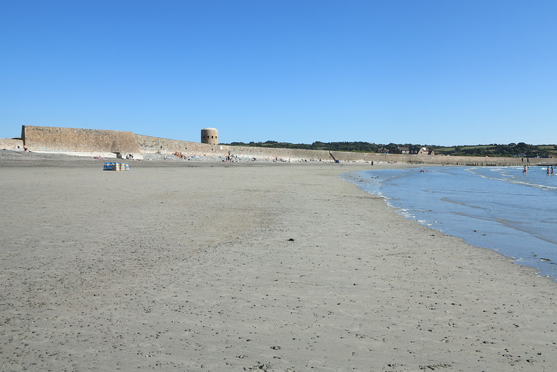 Vazon Bay - miles of sand and so few people