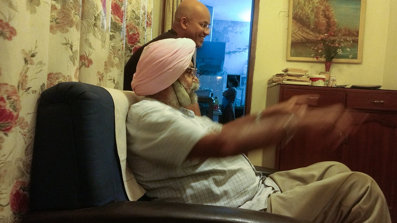 Mann Singh Sr telling us about the battle of Zoji-La.