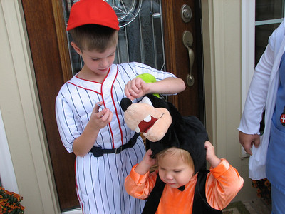 Poor Garrett.  Tyler loves Goofy.  So this was a hard costume for Garrett to have to wear.
