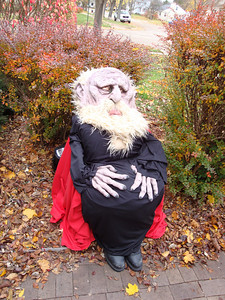 The Troll (me) waiting at Jaime's front door for innocent children.