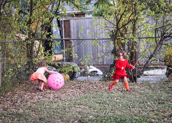 Halloween Liv and Audrey 2016