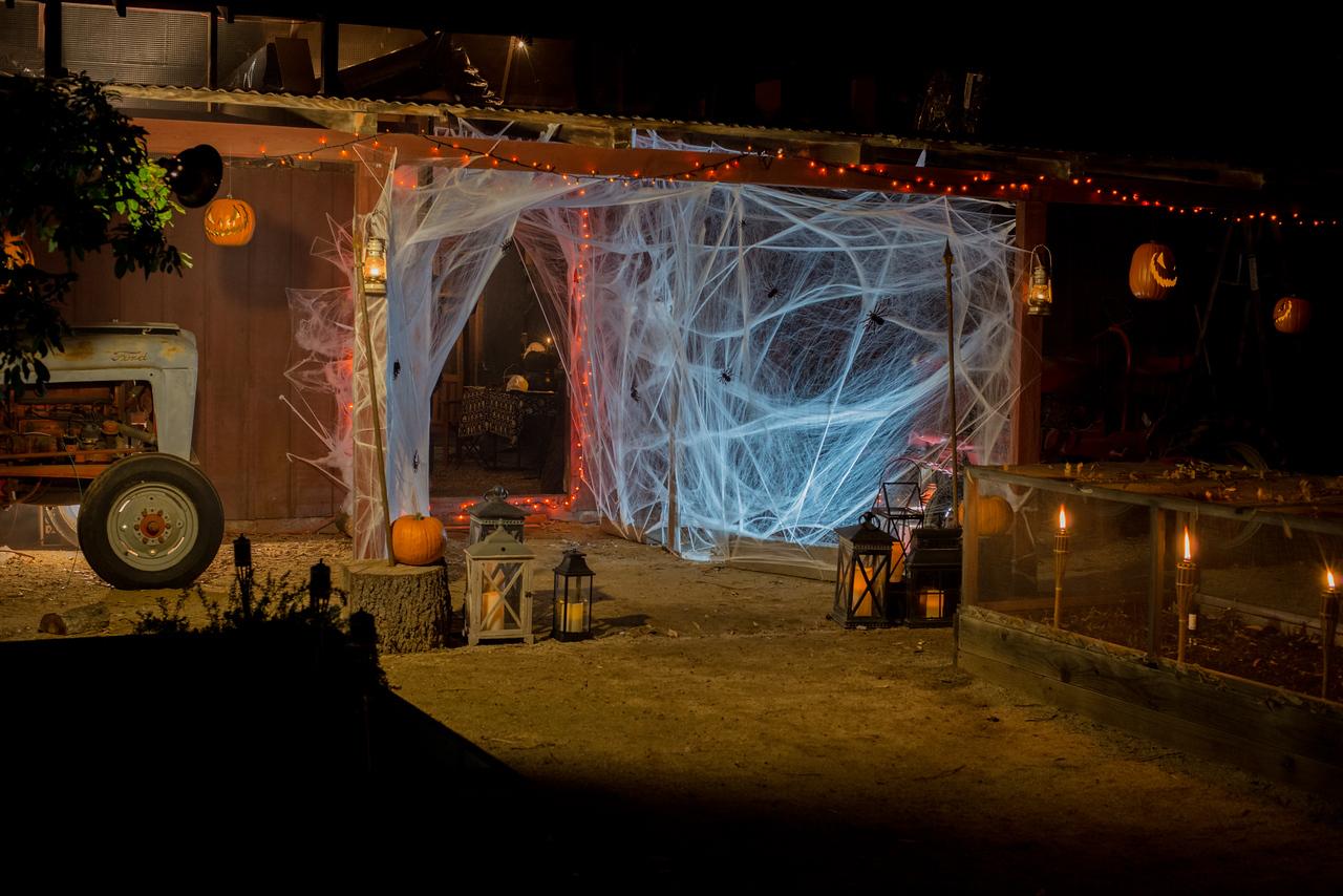 barn exterior halloween