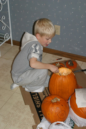 10-26-2003 Pumpkin Carving at Ralf's