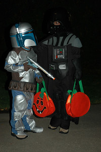 Jack as Darth Vader & Will as Jenga Fett (4)