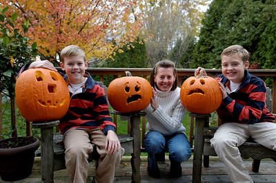 Jack, Will & Amy with Pumpkins (1)
