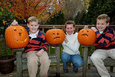 Jack, Will & Amy with Pumpkins (2)