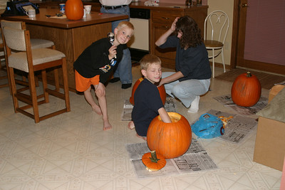 Pumpkin Carving at Ralf's - 10-28-2004