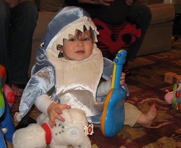 A very cute Ryan/shark