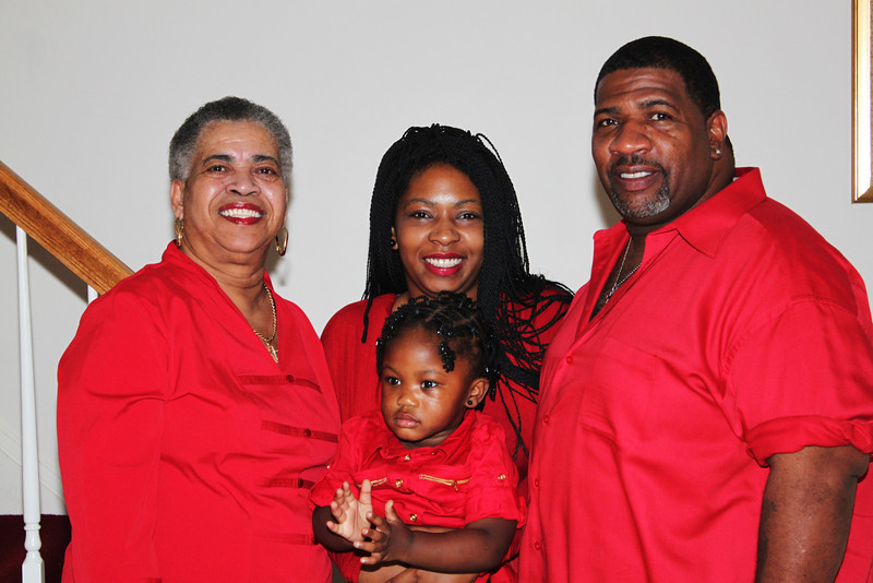 My Mom, cuzins Ebony and Khaliah and Uncle Bay Bay