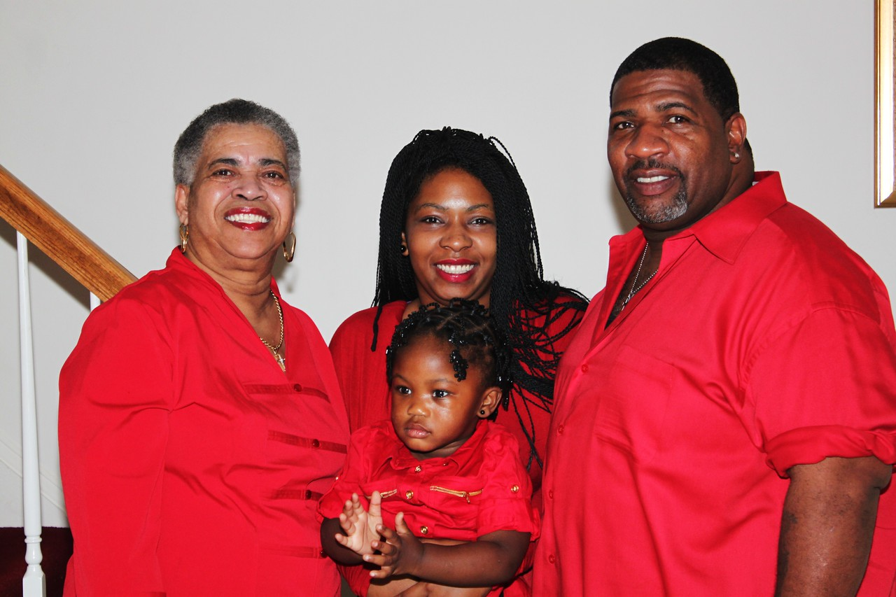 My Mom, cuzins Ebony and Khaliah and Uncle Bay Bay