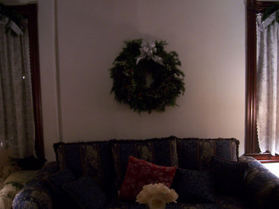 And the big ol' wreath in the living room.
