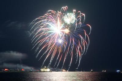 Grosse Pte Yacht Club Fireworks (12)