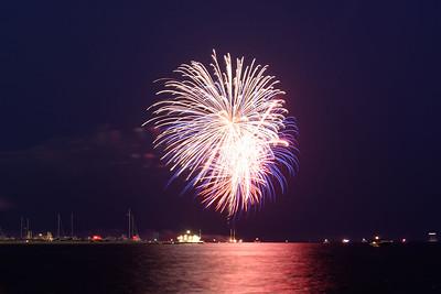 Grosse Pte Yacht Club Fireworks (7)